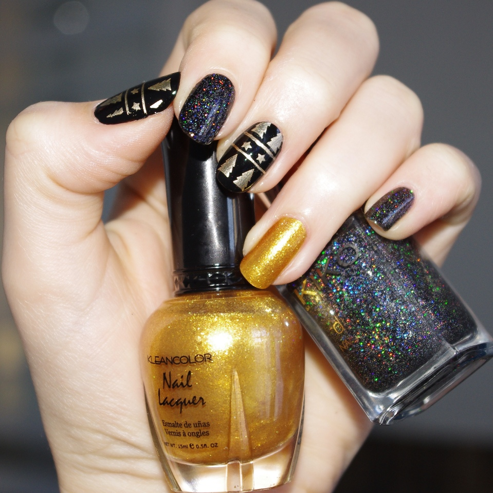 Bulleuw:Christmas Black and Gold 5