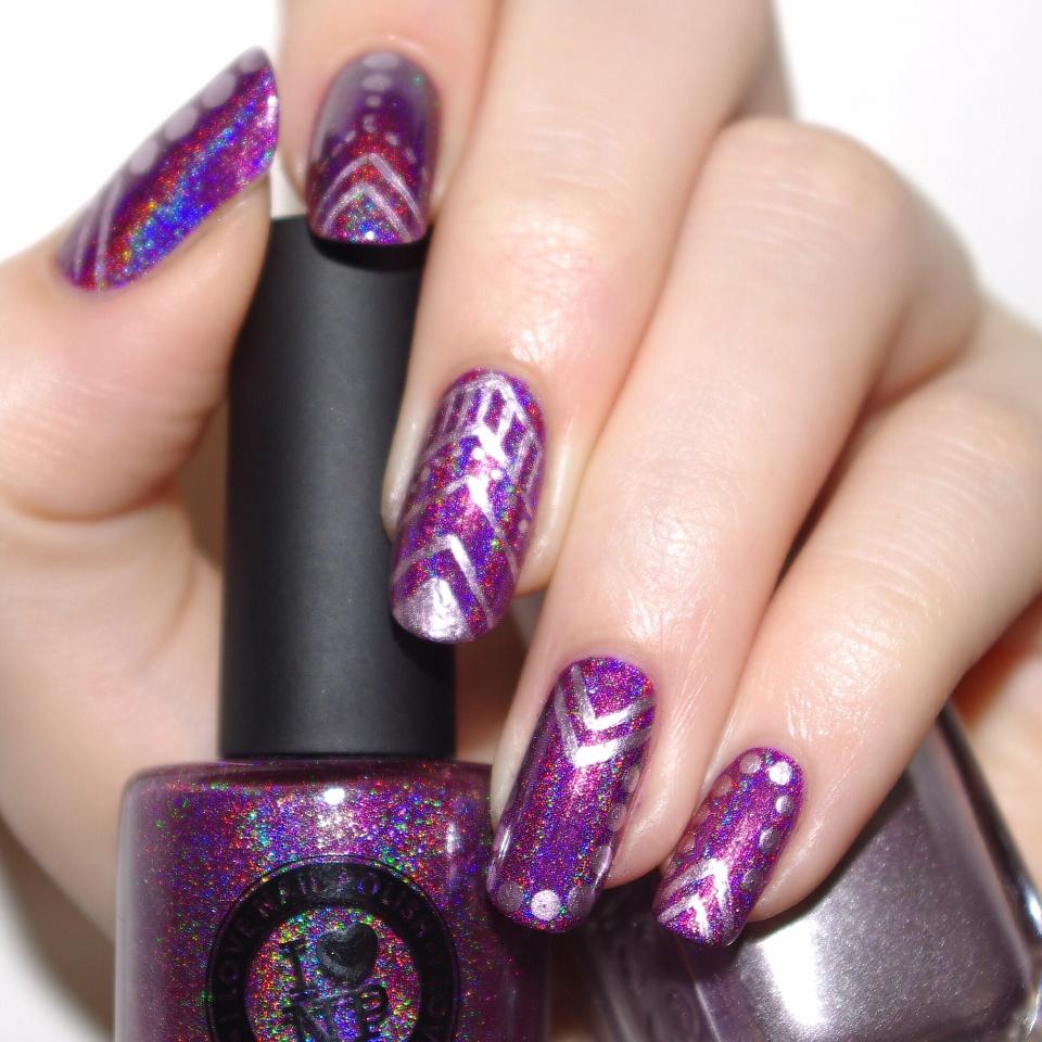 Bulleuw:Kings&Queens nail art 1