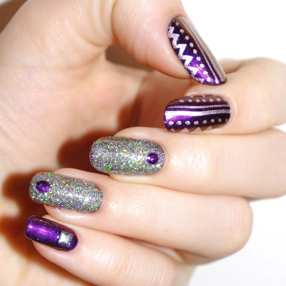 Bulleuw:Undenied Nail Art 3