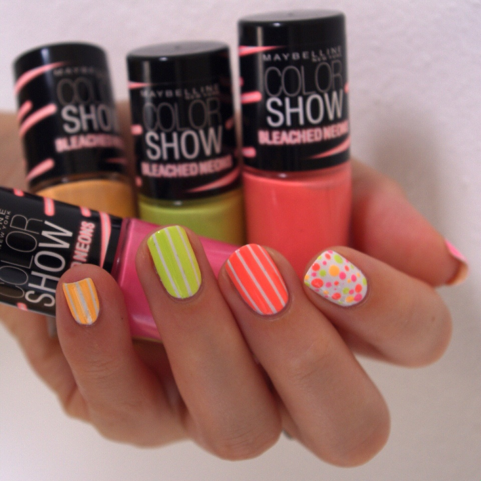 Bulleuw:Color Show Neon 1