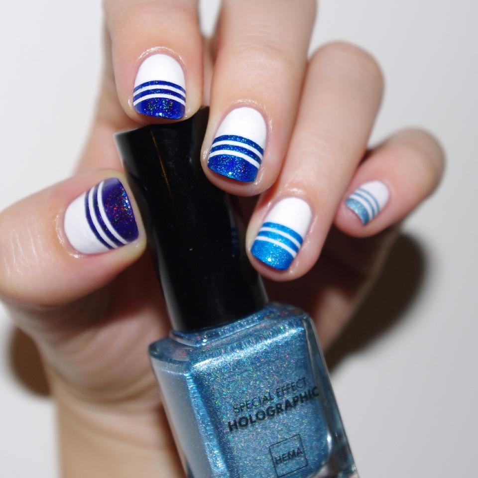 Bulleuw:Ombré Blue Strips 6