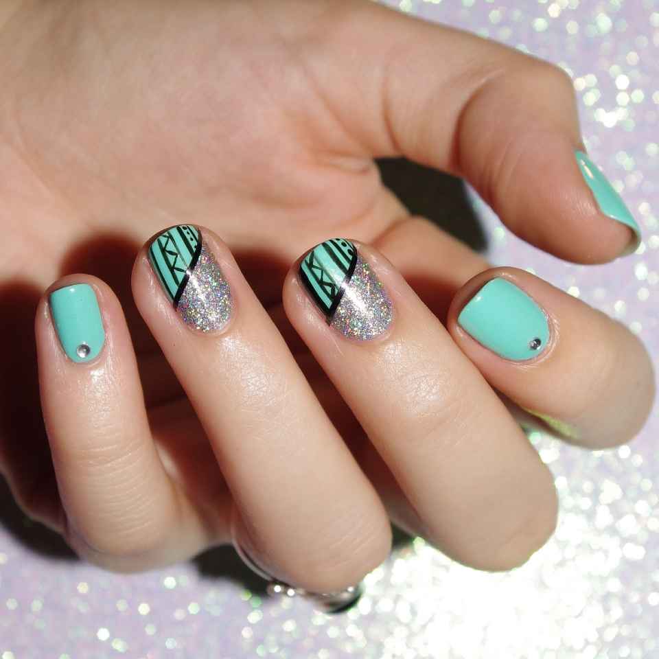 Bulleuw:Mint and Diamond Liner 3
