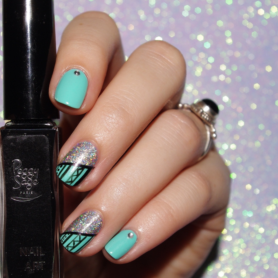 Bulleuw:Mint and Diamond Liner 4