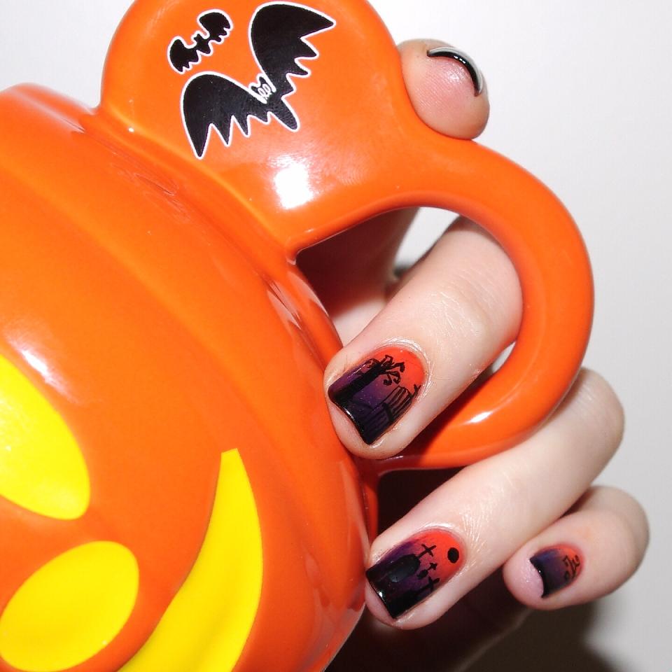 Bulleuw:Nailstorming Halloween Cimetière 4