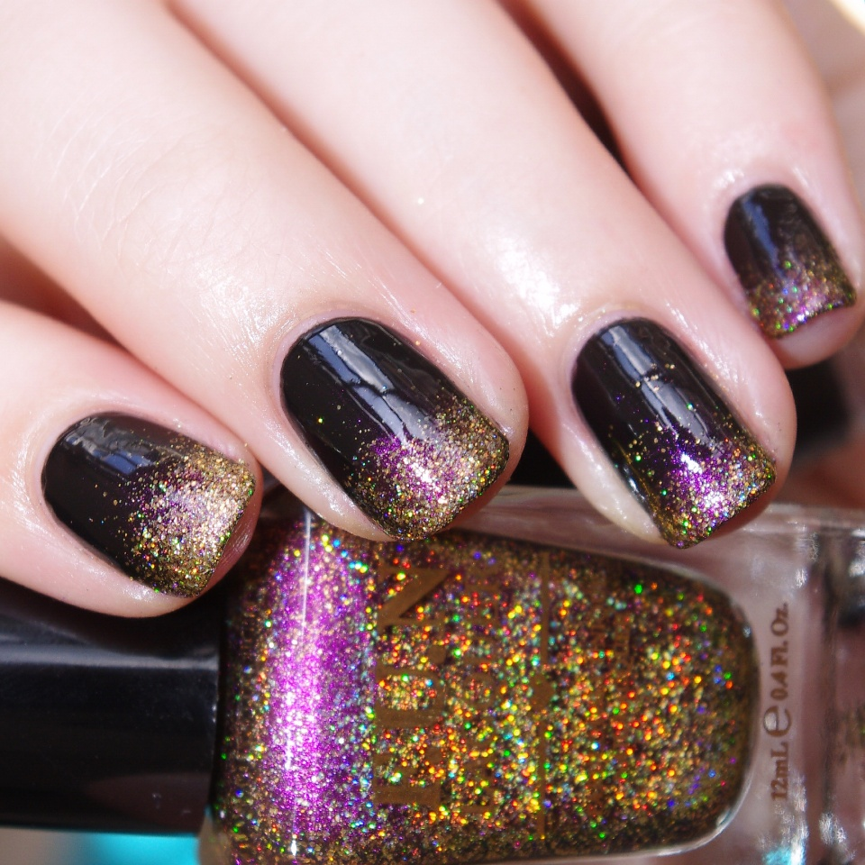 Bulleuw:Celebrate Nail art 3