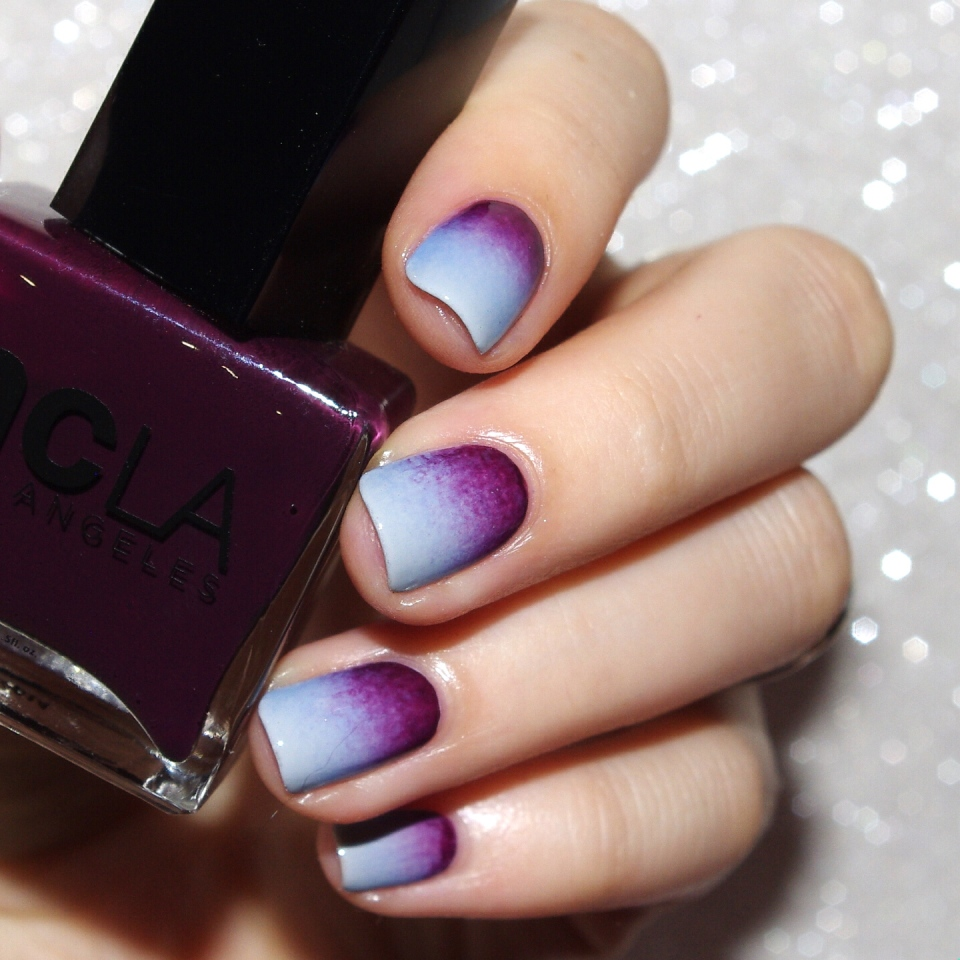 Bulleuw : 31DC2015 10 Gradient Nails 1
