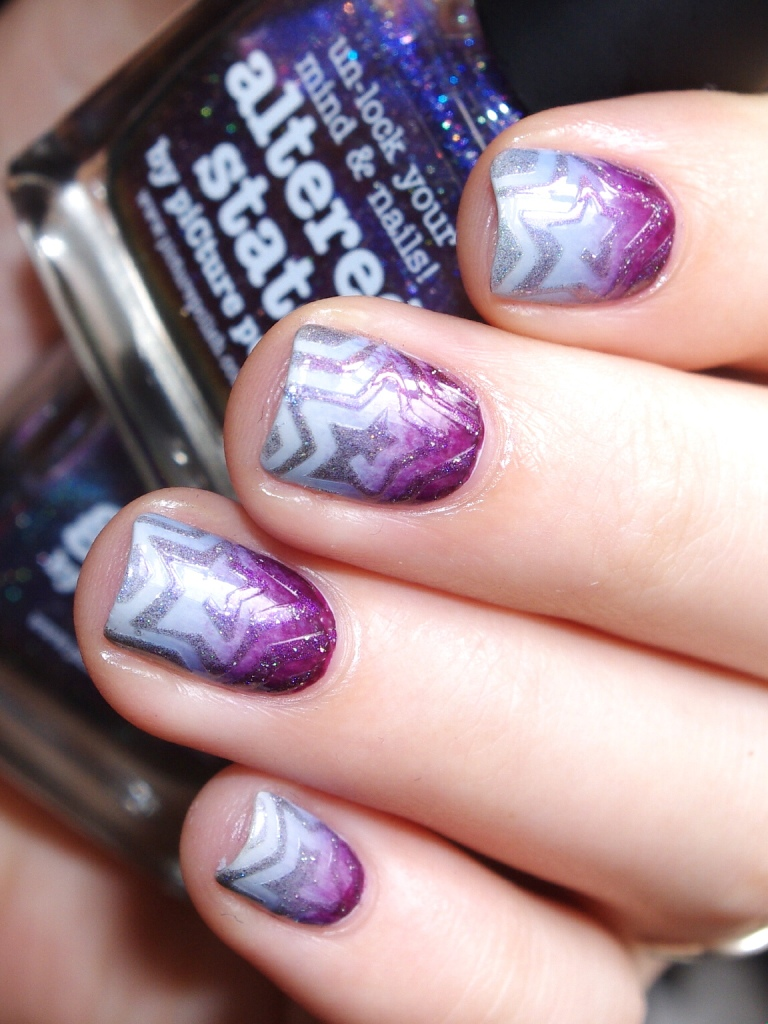 Bulleuw : 31DC2015 10 Gradient Nails 10