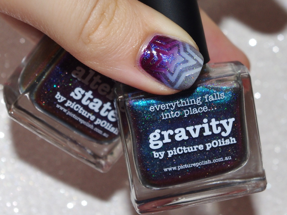 Bulleuw : 31DC2015 10 Gradient Nails 14