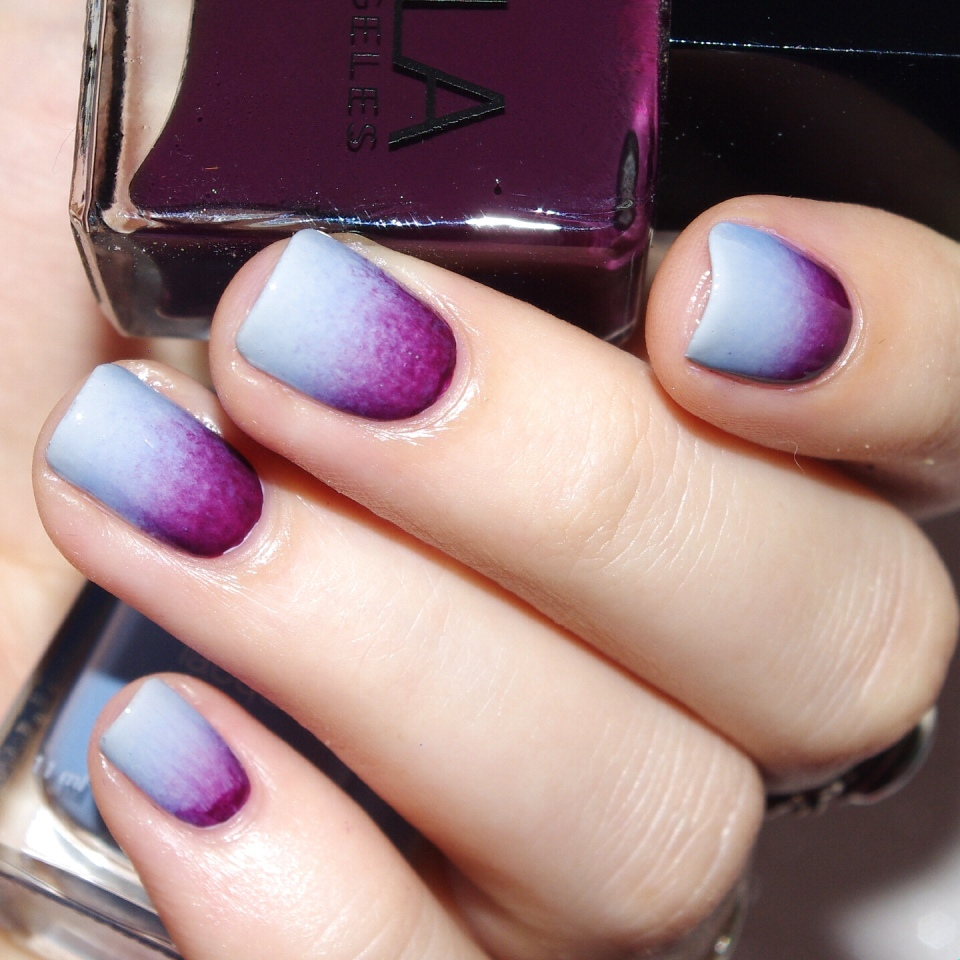 Bulleuw : 31DC2015 10 Gradient Nails 4