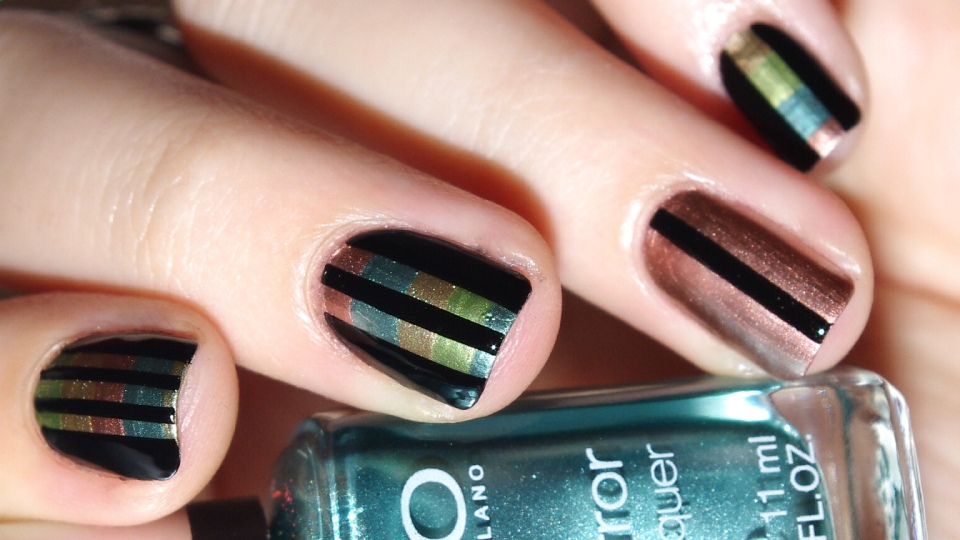 Bulleuw : 31DC2015 Metallic Nails 4