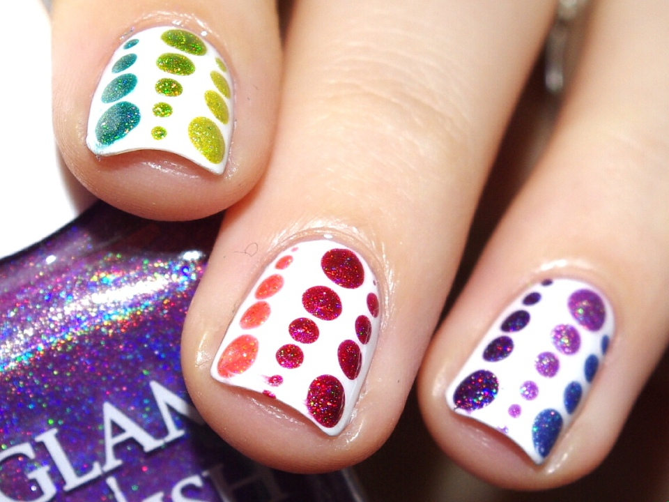Bulleuw : 31DC2015 Rainbow Nails 7