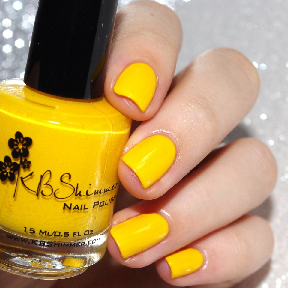 Bulleuw:31DC2015 #3 Yellow Nails 1