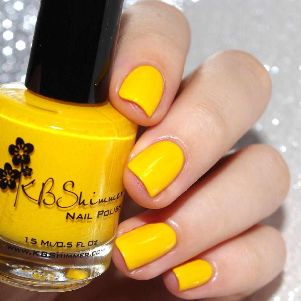 Bulleuw:31DC2015 #3 Yellow Nails 1