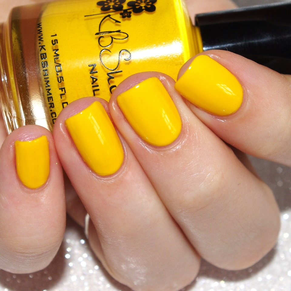 Bulleuw:31DC2015 #3 Yellow Nails 4