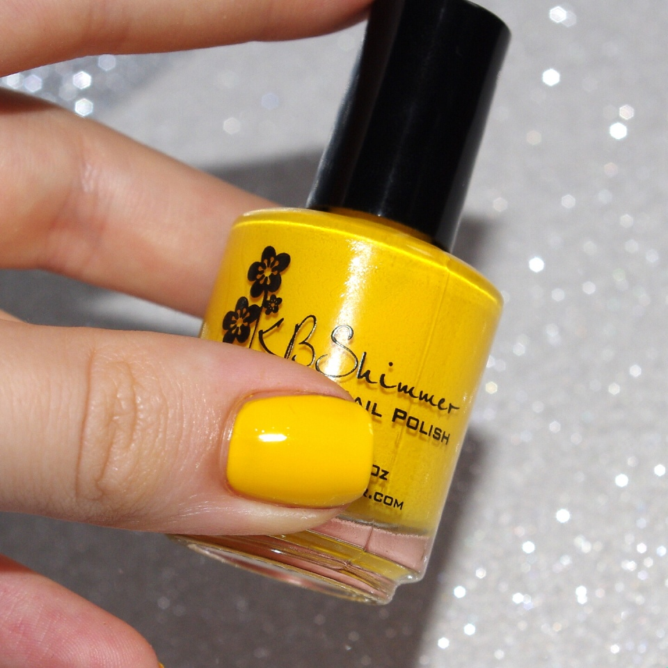 Bulleuw:31DC2015 #3 Yellow Nails 5
