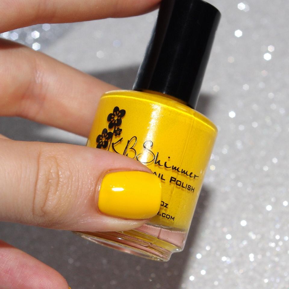 Bulleuw:31DC2015 #3 Yellow Nails 5