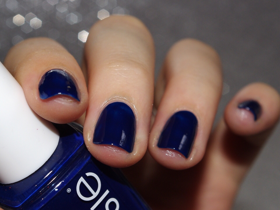 Bulleuw:31DC2015 Blue Nails 2