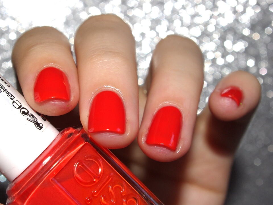 Bulleuw:31DC2015 Orange nails 2