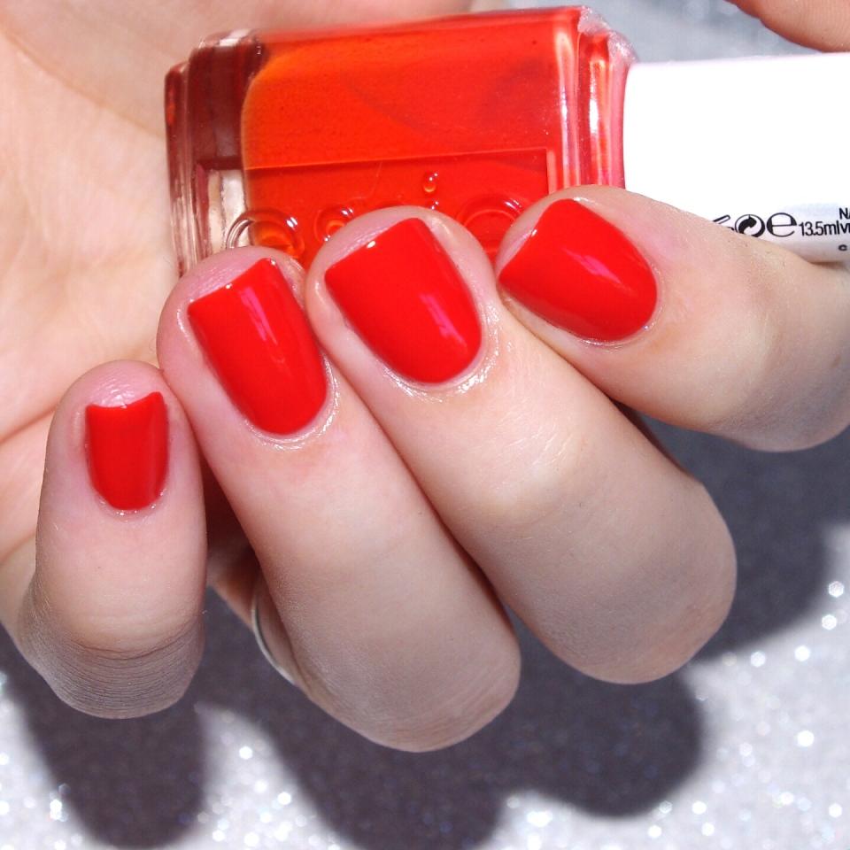 Bulleuw:31DC2015 Orange nails 3