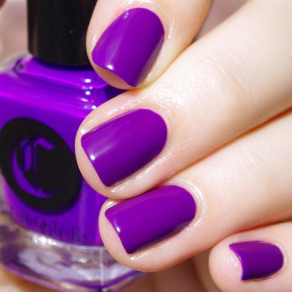 Bulleuw:31DC2015 Violet Nails 2