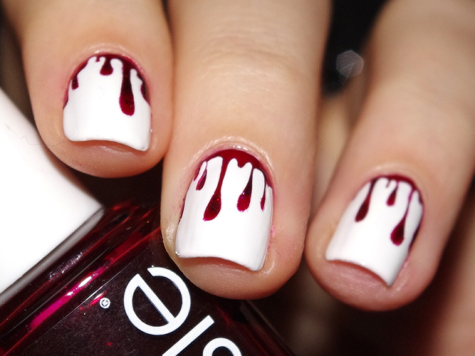 Bulleuw : Bloody Nails 10