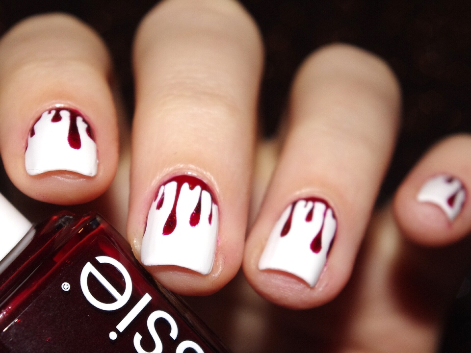 Bulleuw : Bloody Nails 5