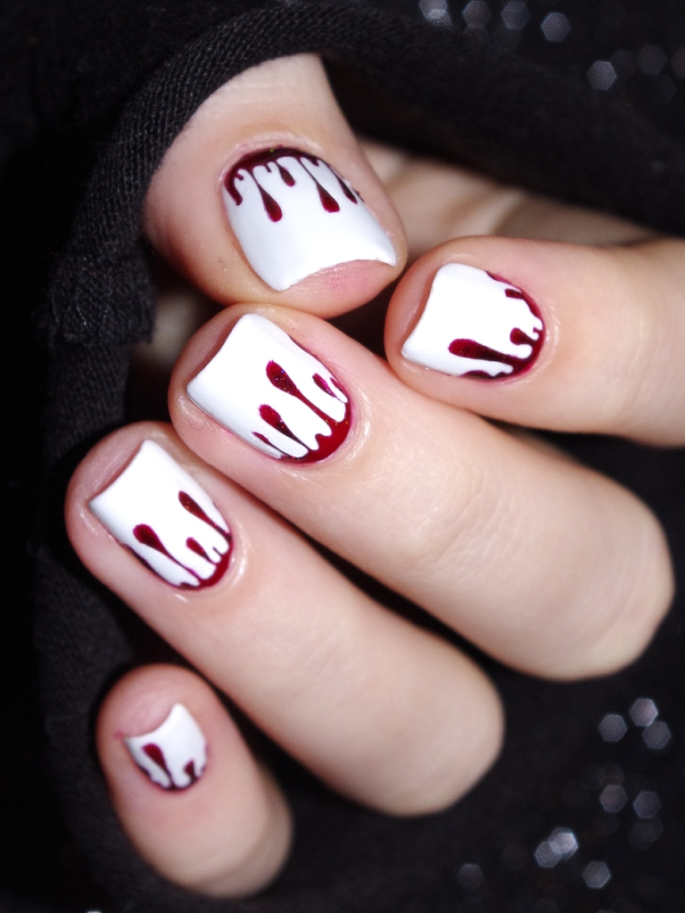 Bulleuw : Bloody Nails 7
