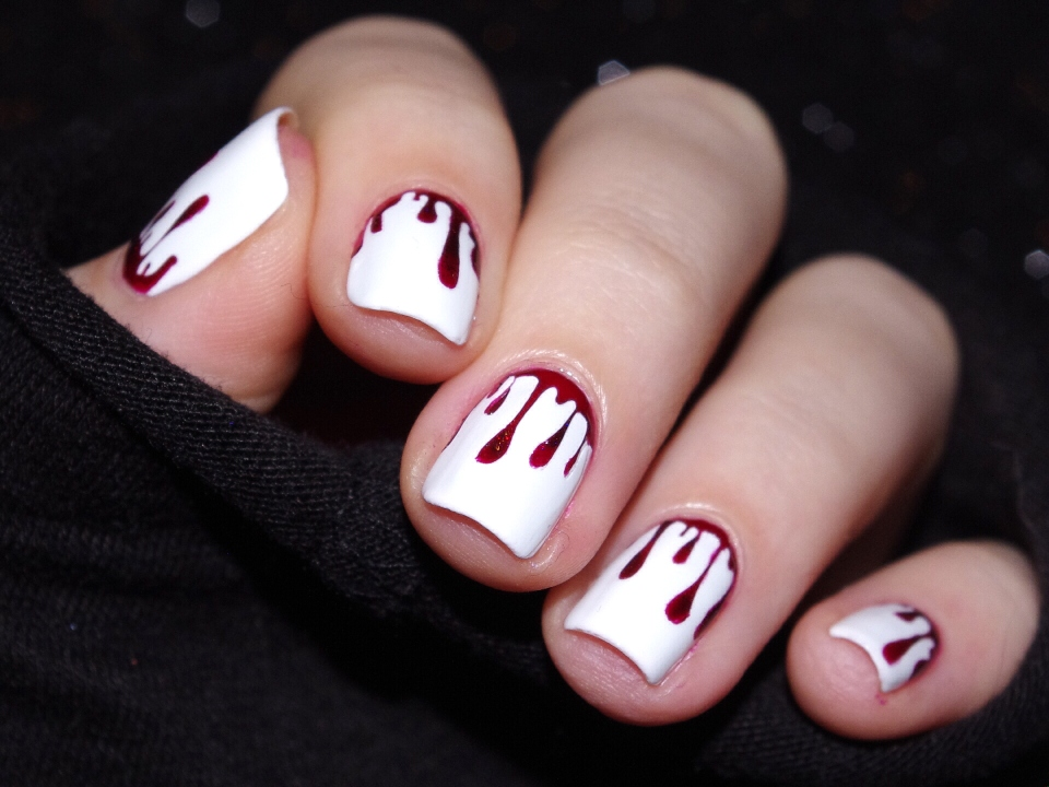 Bulleuw : Bloody Nails 8