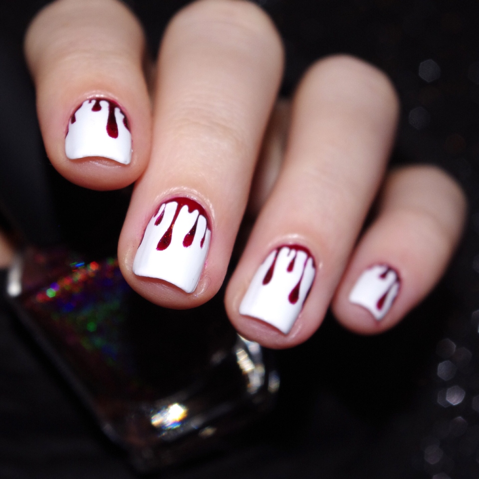Bulleuw : Bloody Nails 9