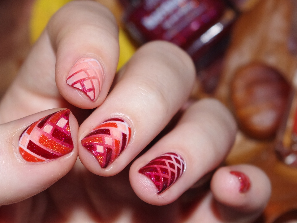 Bulleuw : Nail Art Quarterly PP 16