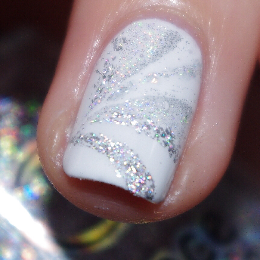 Bulleuw : White Week : Watermarble 0