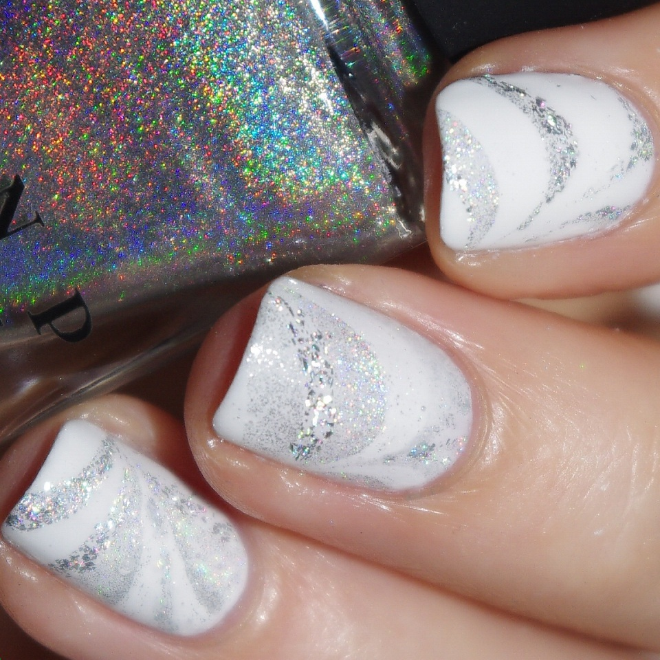 Bulleuw : White Week : Watermarble 4
