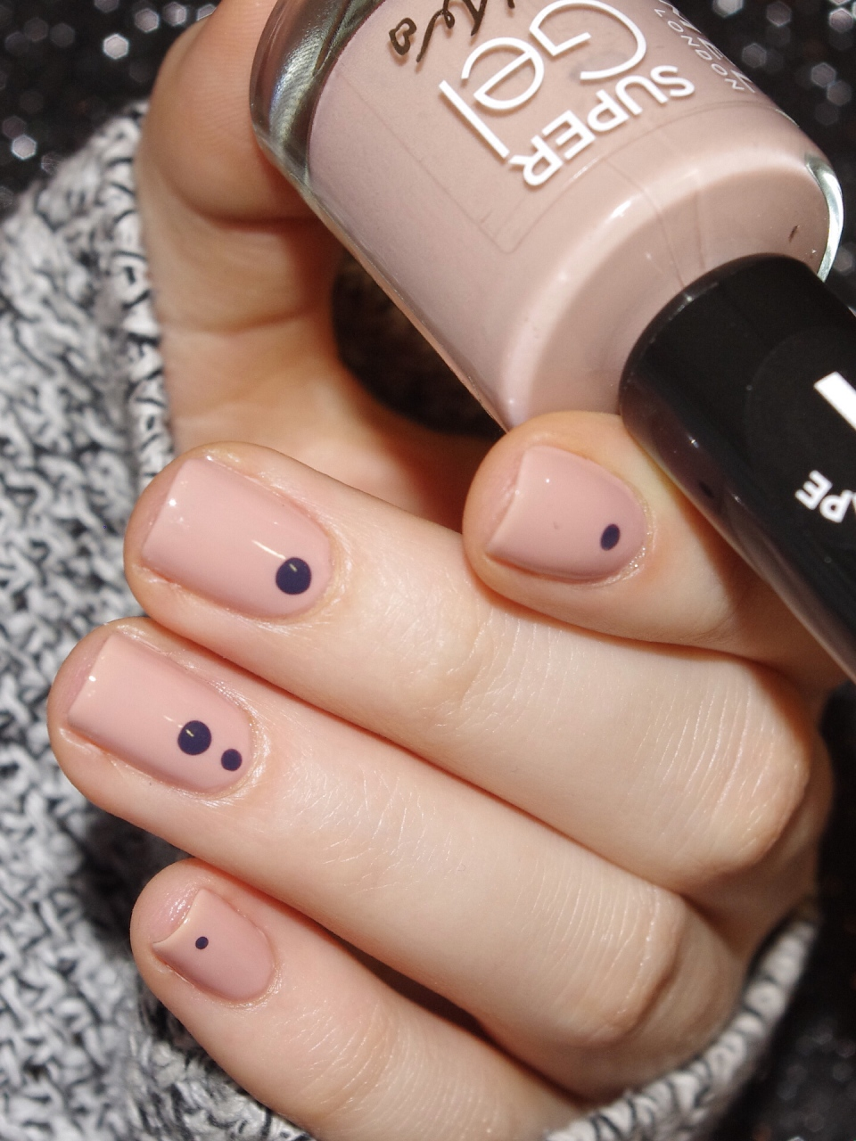 Bulleuw : Simple Nails 5