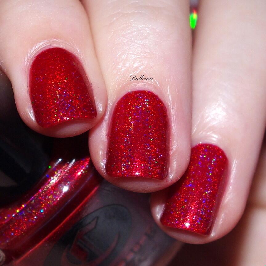 bulleuw-christmas-red-28